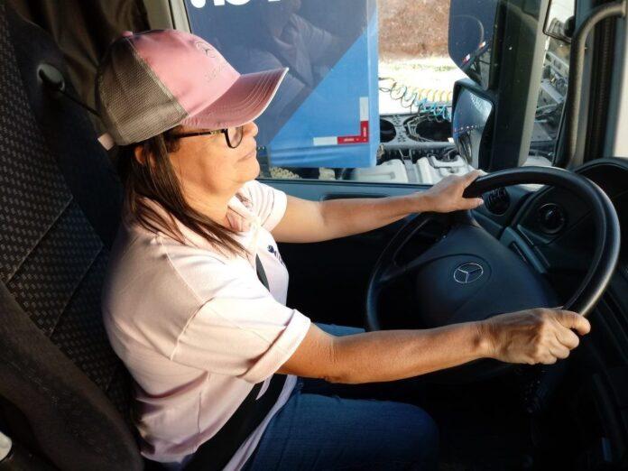 Fabet abre inscrição para curso de formação de caminhoneiras.